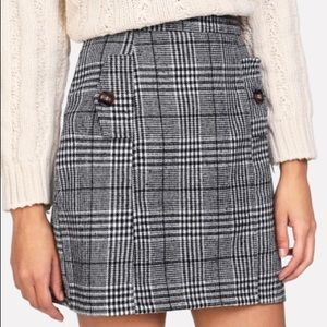 Dresses & Skirts - Zip Back Wales Check Skirt